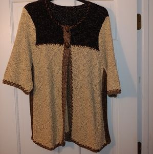 Black/Brown 2 Button Short Sleeve Sweater